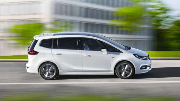 Opel Zafira Tourer noleggio lungo termine Cesena